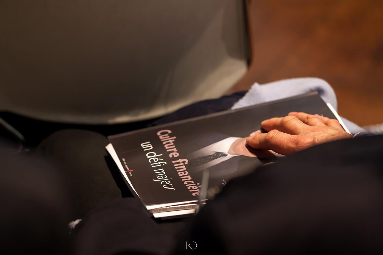 photo détail magazine financier
